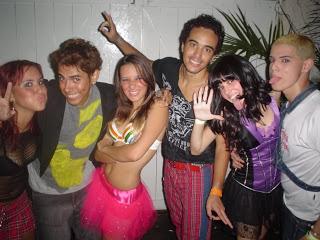 Uma das bandas covers do RBD na época.