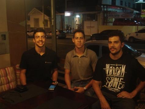 Os desenvolvedores do Meu Buteco: Heitor Luique, Gabriel Barbosa e Yuri Abreu