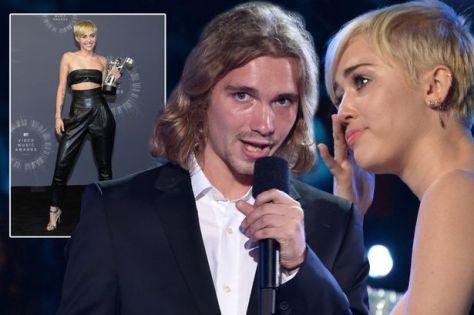 Miley-main